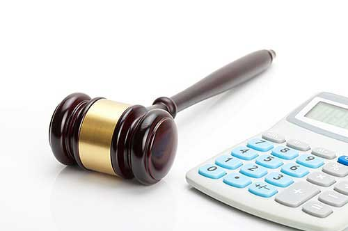 弁護士費用の相場