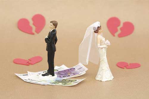 慰謝料を請求できるケースとは?離婚原因と金額の相場について