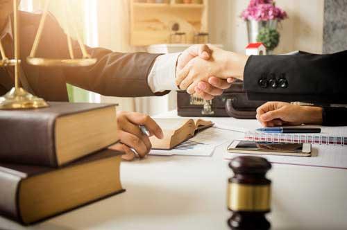 慰謝料請求を弁護士に依頼するメリット