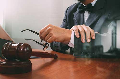 弁護士はどこに依頼したほうがいいの?