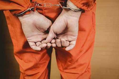 刑事事件で逮捕された後の流れ